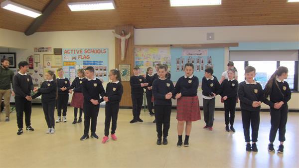 Céilí Dancing
